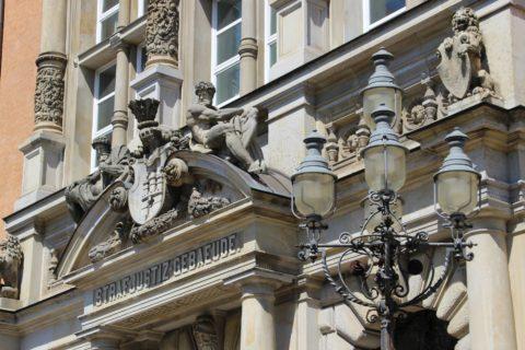 Zulassungswiderruf wegen Vermögensverfalls - und der Grundsicherungsbezug